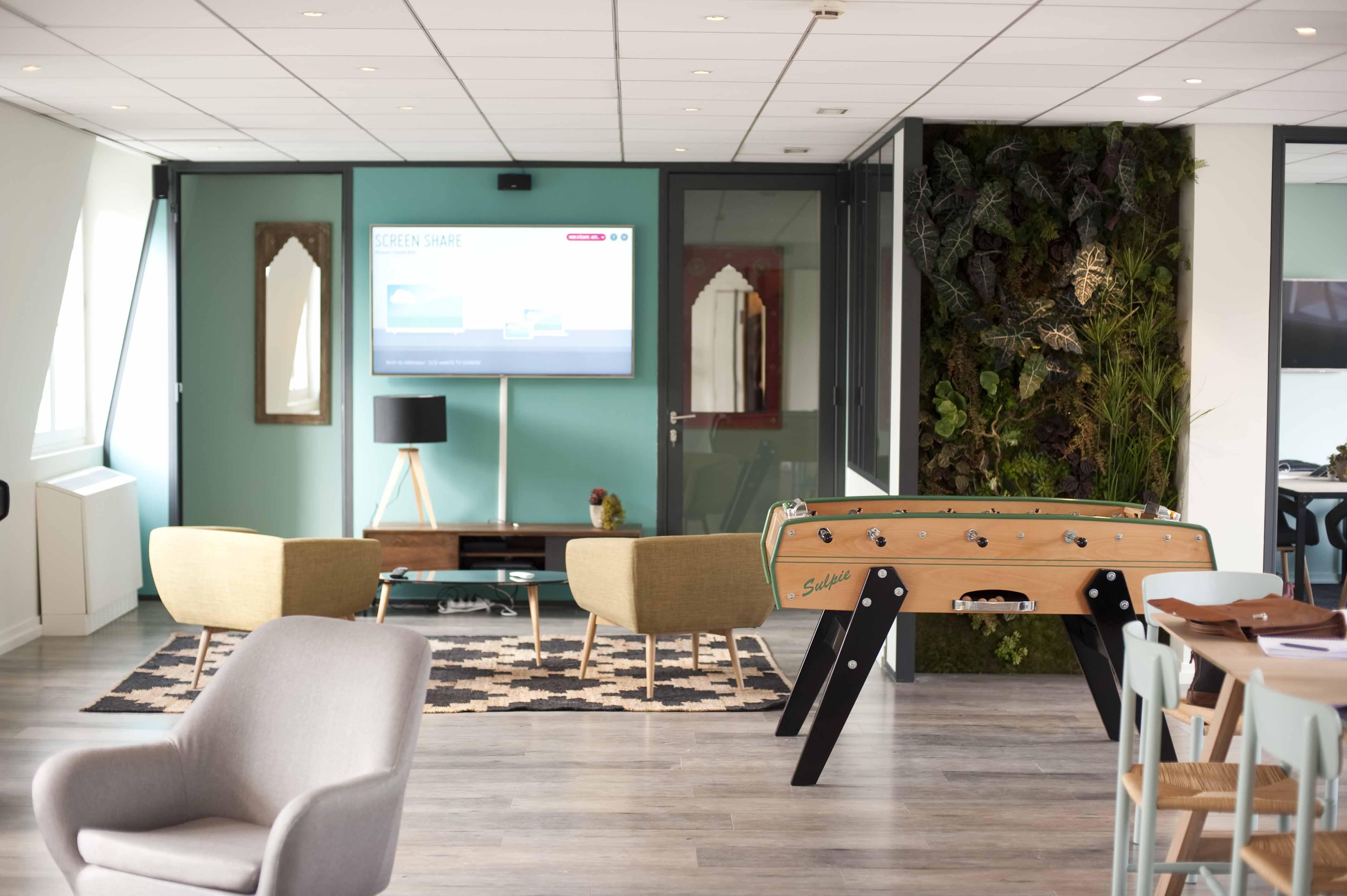 le babyfoot le nouvel atout des entreprises. Black Bedroom Furniture Sets. Home Design Ideas